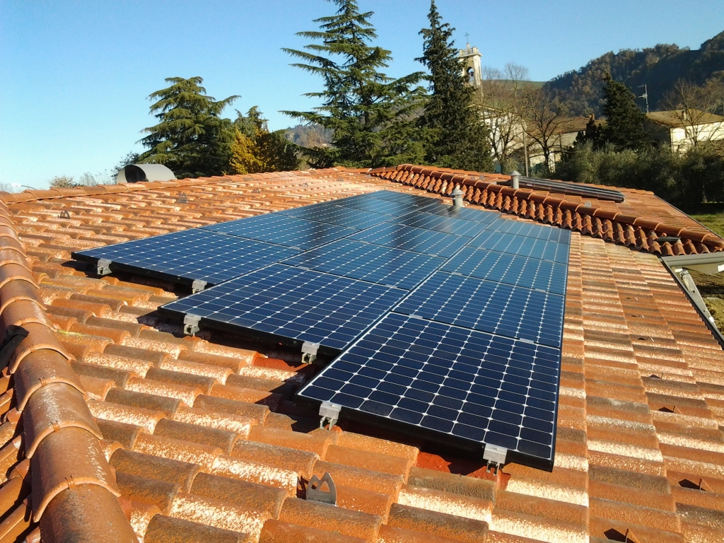 Accumulo e batterie Impianto Fotovoltaico SunPower Serie ...